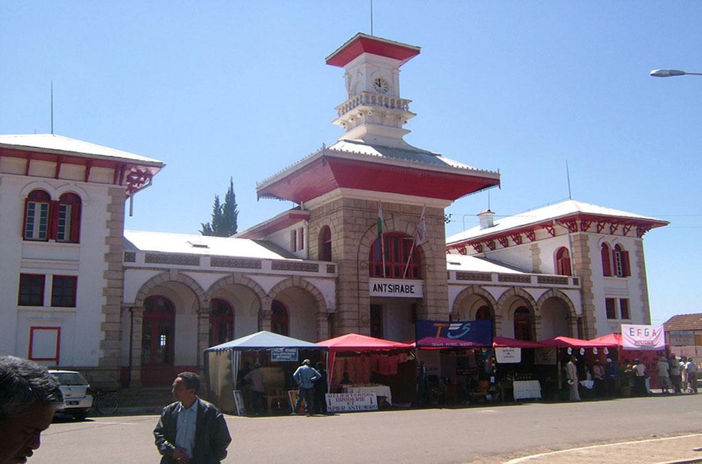 Ranomafana to Antsirabe