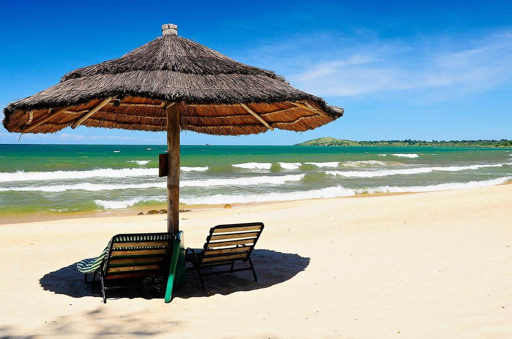 White sandy beaches of Chintheche
